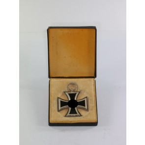 Eisernes Kreuz 2. Klasse 1939, Hst. L55 (!), im LDO-Etui L/55, Mario Alt