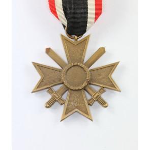 Kriegsverdienstkreuz 2. Klasse mit Schwertern, 1957 (!)