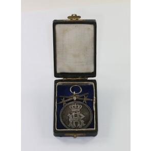 Reuß, Silberne Verdienstmedaille mit Schwertern, im Etui