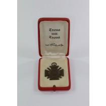 Ehrenkreuz für Frontkämpfer, im roten Etui - Treue um Treue von Hindenburg