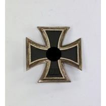 Eisernes Kreuz 1. Klasse 1939, Hst. 7 und L/13 (Doppelhersteller) (!)