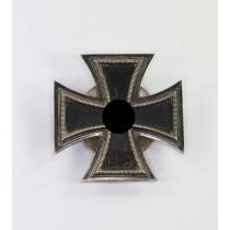 Eisernes Kreuz 1. Klasse 1939, Hst. L/11, an Schraubscheibe