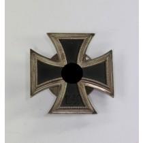 Eisernes Kreuz 1. Klasse 1939, Hst. L/14, an Schraubscheibe, nicht magnetisch