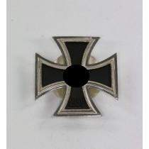 Eisernes Kreuz 1. Klasse 1939, Hst. L54, an Scheibe und Mutter (!)