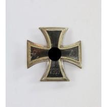 Eisernes Kreuz 1. Klasse 1939, Schinkel Form, Otto Schickle (!)