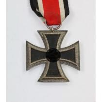 Eisernes Kreuz 2. Klasse 1939, Hst. 4 und L/16 - Doppelhersteller