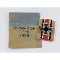 Eisernes Kreuz 2. Klasse 1939, in Verleihungstüte Walter & Henlein Gablonz a.N.