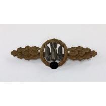 Frontflugspange für Kampfflieger in Bronze