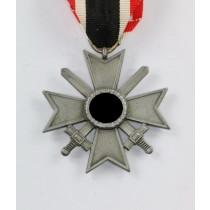 Kriegsverdienstkreuz 2. Klasse mit Schwertern, Hst. 107