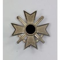 Kriegsverdienstkreuz 1. Klasse mit Schwertern, Hst. 62 (Kerbach & Oesterhelt, Dresden)