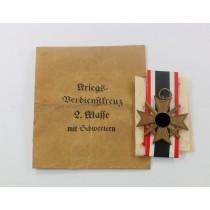 Kriegsverdienstkreuz 2. Klasse mit Schwertern, in großer Verleihungstüte, Steinhauer & Lück Lüdenscheid