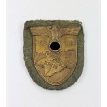 Krimschild auf Heeresstoff, Karl Wurster