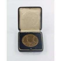 Medaille von Tschammer und Osten - In Anerkennung einer hervorragenden Leistung gegeben vom Reichssportführer, im Etui