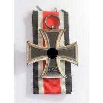 Eisernes Kreuz 2. Klasse 1939, Schinkel Variante, Otto Schickle, einteilig, nicht magnetisch