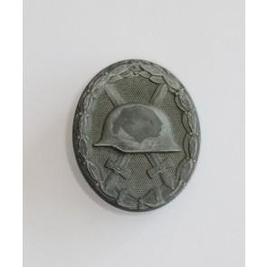 Verwundetenabzeichen in Silber, Hst. 107, Kriegsgefangenschaft (!)