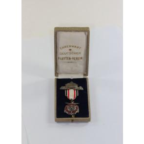 Deutscher Flottenverein (DFV), Abzeichen für Ehrenwarte in Silber, im Etui