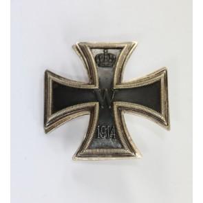 Eisernes Kreuz 1. Klasse 1914, C.F. Zimmermann, Pfotzheim, Scheibe und Muttern