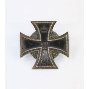 Eisernes Kreuz 1. Klasse 1914 ,Carl Dillenius , an Scheibe und Mutter, Silber 800