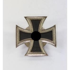 Eisernes Kreuz 1. Klasse 1939, Hst. L/56, an Schraubscheibe