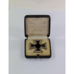 Eisernes Kreuz 1. Klasse 1939, Freidrich Orth, nicht magnetisch, im Etui