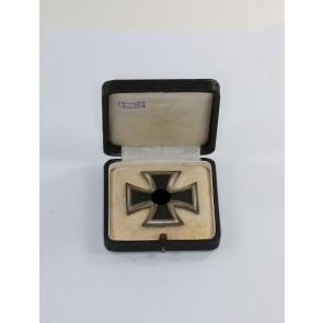 Eisernes Kreuz 1. Klasse 1939, Hst. L/13, im LDO Etui 1. Form, L/13