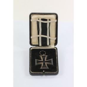 """Eisernes Kreuz 2. Klasse 1914, Hst. KO, im Schmucketui """"Dem tapferen Krieger"""""""