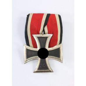 Eisernes Kreuz 2. Klasse 1939, Schinkel Variante, Otto Schickle, einteilig, unmagnetisch, an Einzelspange