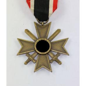Kriegsverdienstkreuz 2. Klasse mit Schwertern, Hst. 6.