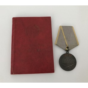 Sowjetunion, Medaille für Verdienst im Kampf mit Buch. Afghanistan, mit Archiv Material.