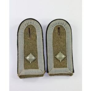 Wehrmacht Heer, Paar Schulterklappen für einen Feldwebel der Pioniere, Feldgrau