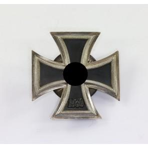 Eisernes Kreuz 1. Klasse 1939, Hst. L59, an Schraubscheibe