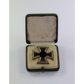 """Eisernes Kreuz 1. Klasse 1939, Variante mit der runden """"3"""", im Etui"""