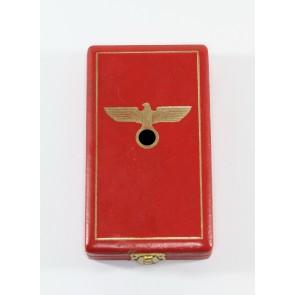 Etui Verdienstkreuz III. Stufe des Ordens vom Deutschen Adler