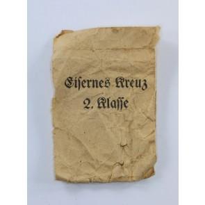 Kleine Verleihungstüte Eisernes Kreuz 2. Klasse 1939, Arbeitsgemeinschaft der Hanauer Plaketenhersteller