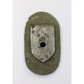 """Cholmschild auf Heeresstoff, """"Long M"""""""