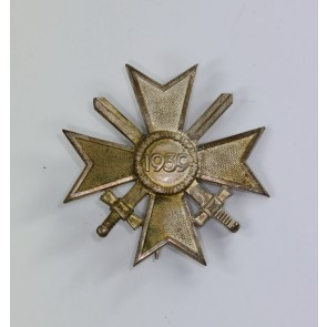 Kriegsverdienstkreuz 1. Klasse mit Schwertern 1957, Deumer