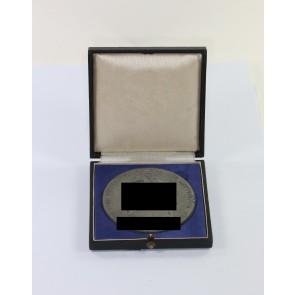 Luftwaffe, Medaille für ausgezeichnete Leistungen im technischen Dienst der Luftwaffe - Der Oberbefehlshaber der Luftwaffe Reichsmarschall Göring, im Etui