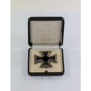 Eisernes Kreuz 1. Klasse 1939, Hst. L/19, nicht magnetisch, im Etui