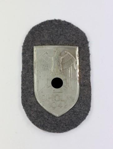 """Cholmschild auf Luftwaffenstoff, """"Short M"""" """"Cholm 1942"""" - Militaria-Berlin"""
