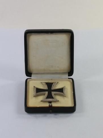 Eisernes Kreuz 1. Klasse 1914, in der Form von 1939, Deumer, im Etui - Militaria-Berlin