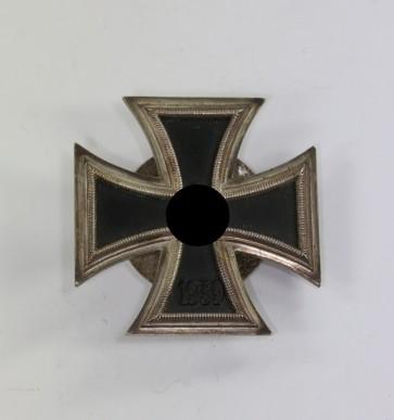 Eisernes Kreuz 1. Klasse 1939, Hst. L/14, an Schraubscheibe, nicht magnetisch - Militaria-Berlin