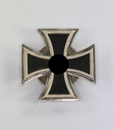 Eisernes Kreuz 1. Klasse 1939, Hst. L/52, an Schraubscheibe - Militaria-Berlin