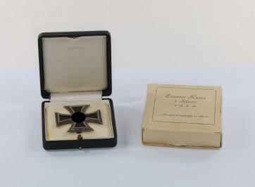 Eisernes Kreuz 1. Klasse 1939, im Etui mit Umkarton Juwelier Robert Koch - Militaria-Berlin