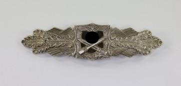 Nahkampfspange in Silber, Hst. FLL (2. Modell) - Militaria-Berlin