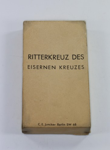 Umkarton für das Ritterkreuz des Eisernen Kreuzes - C.E. Juncker Berlin SW 68 - Militaria-Berlin
