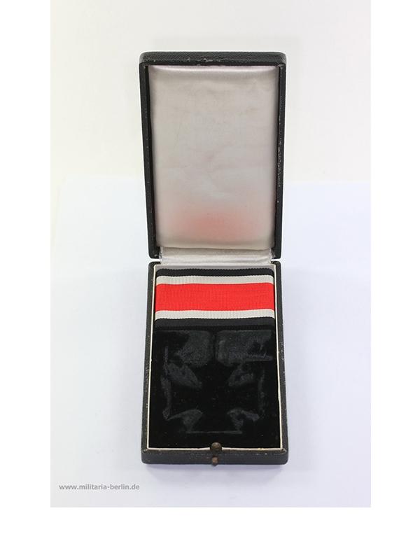 20 Ritterkreuz des Eisernen Kreuzes, Hersteller Juncker, liegende 2
