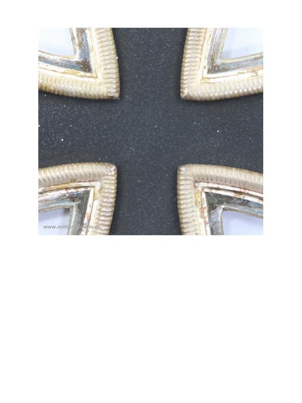7 Ritterkreuz des Eisernen Kreuzes, Hersteller Juncker, liegende 2
